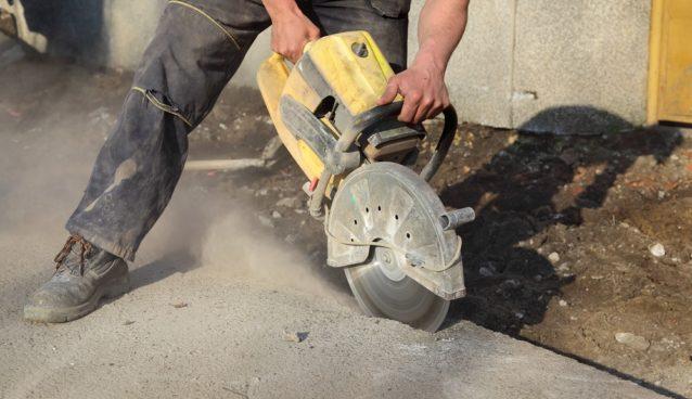 saw cutting