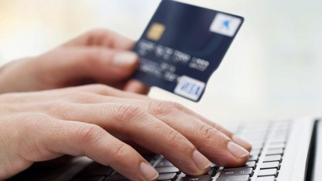 Top 4 Reasons Why You Should Use ID Cards For Your Business