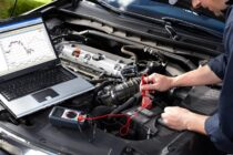 Who is an auto electrician?
