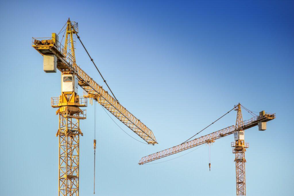 5 Types of Industrial Cranes